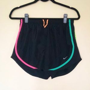NIKE Colorful Active Shorts